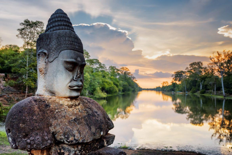 angkor thom sommer kambodscha