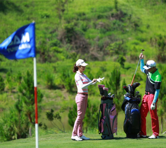 golf dalat vietnam rundreise